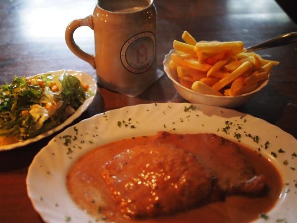 P8163180 ハイデルベルクで絶対おすすめ!シュニッツェルハウスのドイツ料理が美味い!