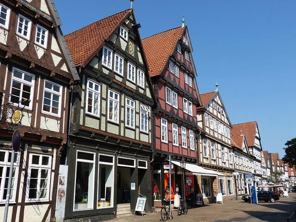 celle 888635 640 色がないのに絶景!ドイツ秘境にある街フロイデンベルクとは?